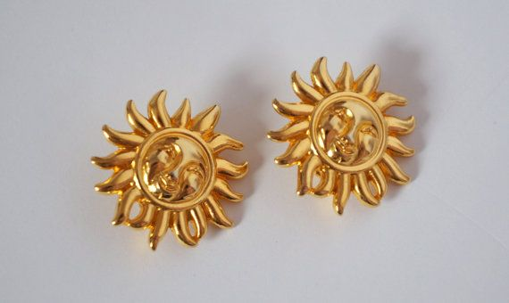 7552865edd8 Hello Im glad youre here VINTAGE PANDORA GUARANTEE AUTHENTIC I offer vintage  VERSACE PROFUMI earrings clip on color gold tone used in very good