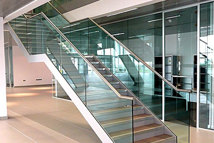 Benefits of using laminated safety glass safety glass