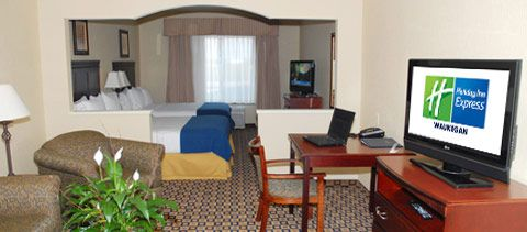 The Holiday Inn Express Suites Waukegan Located Just Minutes Away From Great Lakes Naval Academy Www C Holiday Rest Great Lakes