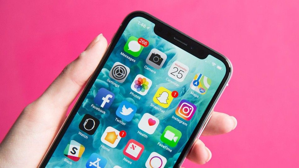 apple will replace glitchy iphone x touchscreens for free tech news