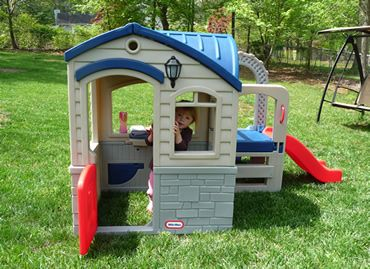 little tikes playhouse Little Tikes Picnic n Playhouse The