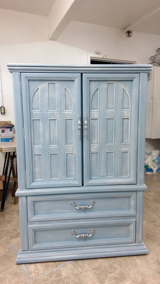 Annie Sloan Chalk Paint - Louis Blue with a White dry brush finish ...