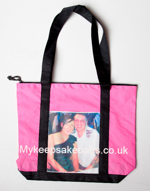 Personalised shopping bag. Ideal for a gift. a reusable shopping bag with your fav picture on.