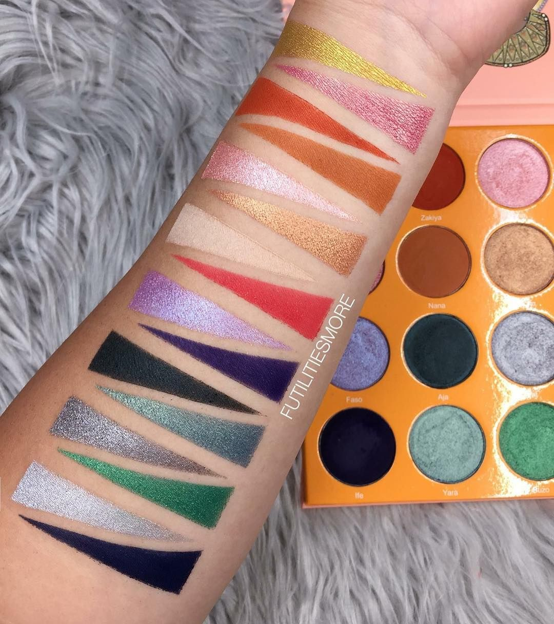 Juvia's place magic palette swatches Makeup swatches