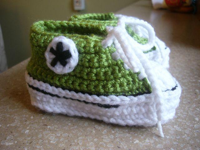 Ravelry: Crochet Baby Converse pattern by Suzanne Resaul | crochet ...