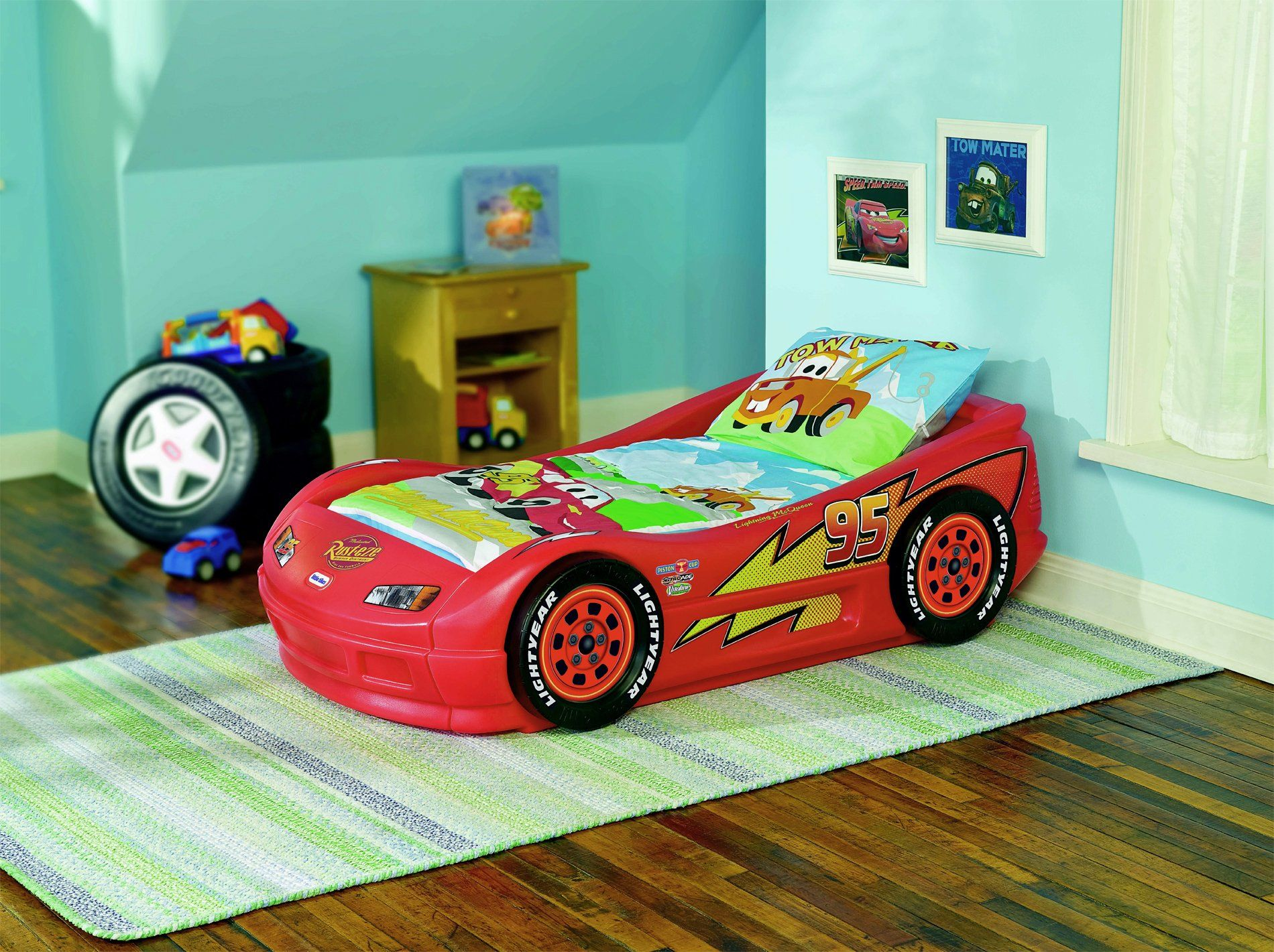 Lightning Mcqueen Bedroom Furniture Cars 2 Lightning Mcqueen Sports Car Twin Bed It Is The Best
