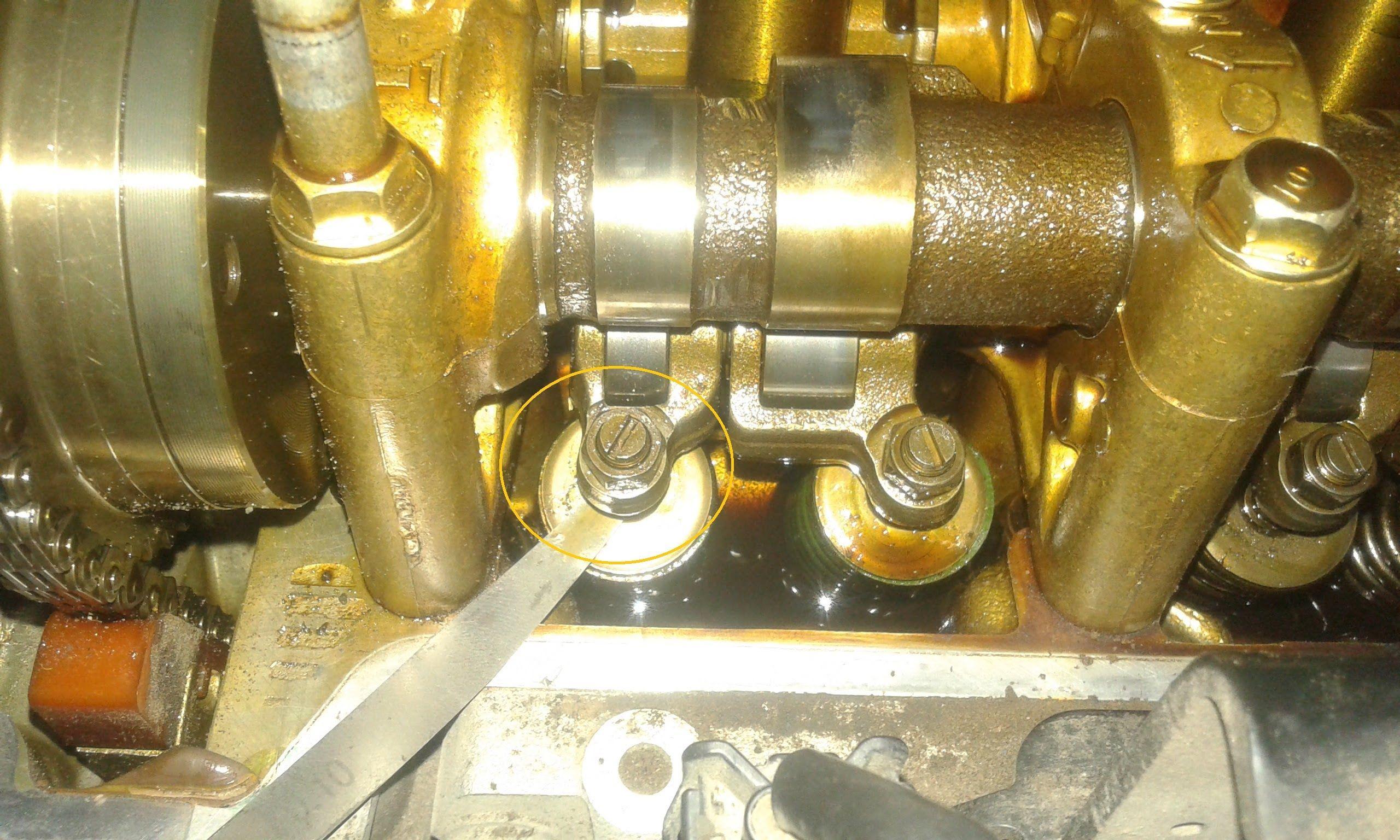 Как на Honda CRV отрегулировать зазоры клапанов