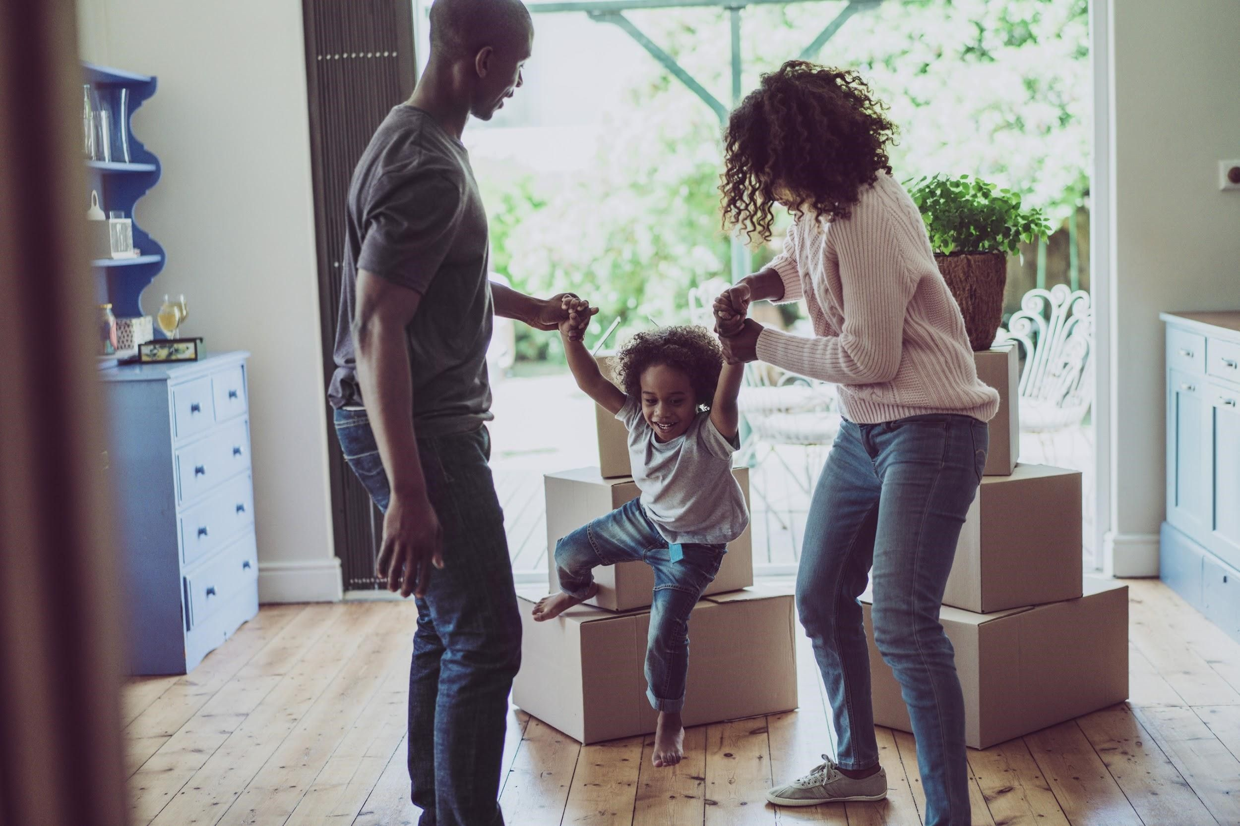 14 Tips & Tricks for Moving with Children Buying a new