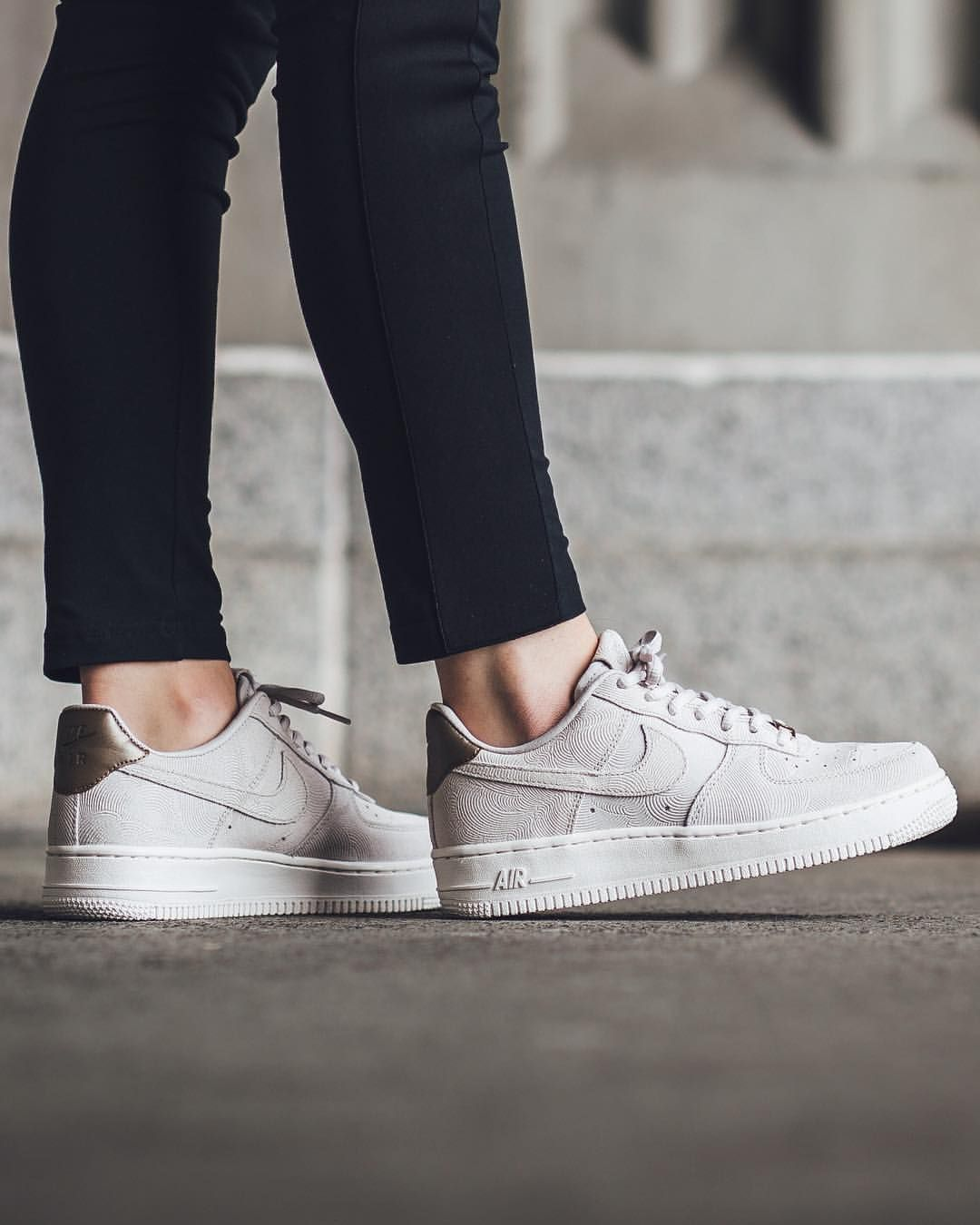 Nike Air Force 1 Faible Boutique En Daim Gris