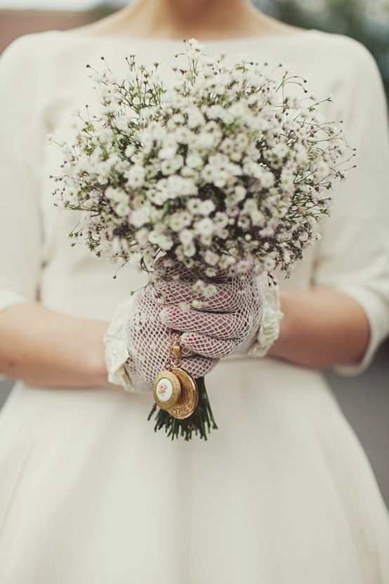 25 Beautiful Vintage Inspired Bridal Bouquets Babys Breath Bouquet Wedding Wedding Bouquets Bouquet