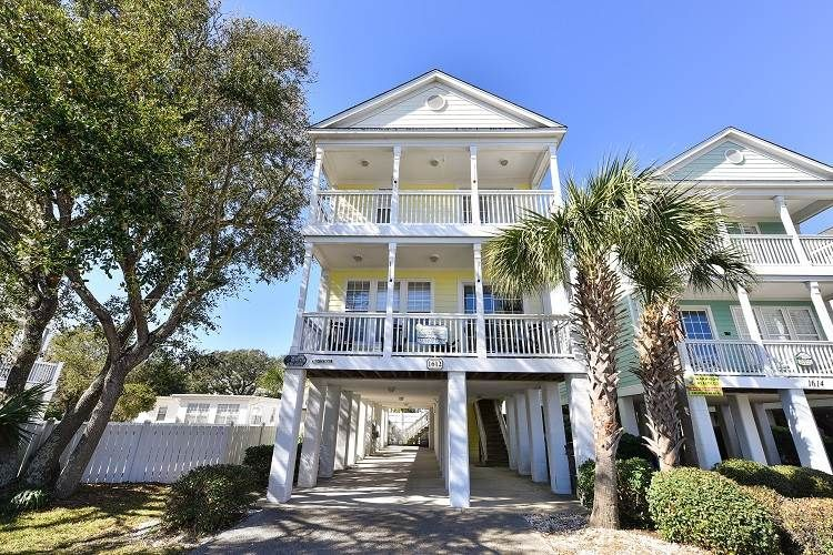 Sensational House Vacation Rental In Surfside Beach Sc Usa From Vrbo Home Interior And Landscaping Elinuenasavecom