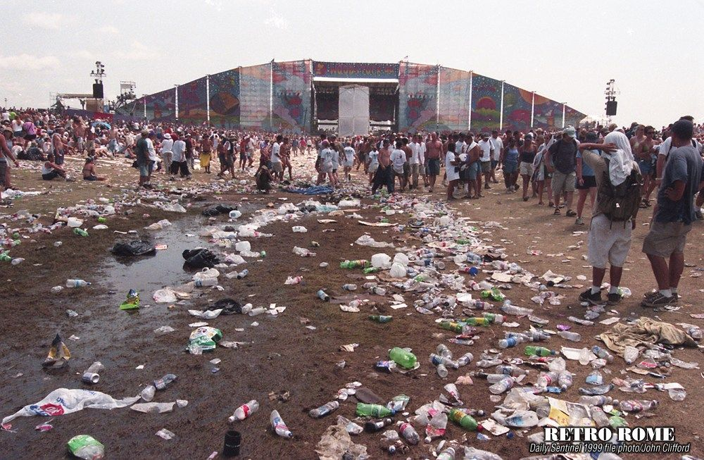 Woodstock 99 East Stage, Day T...