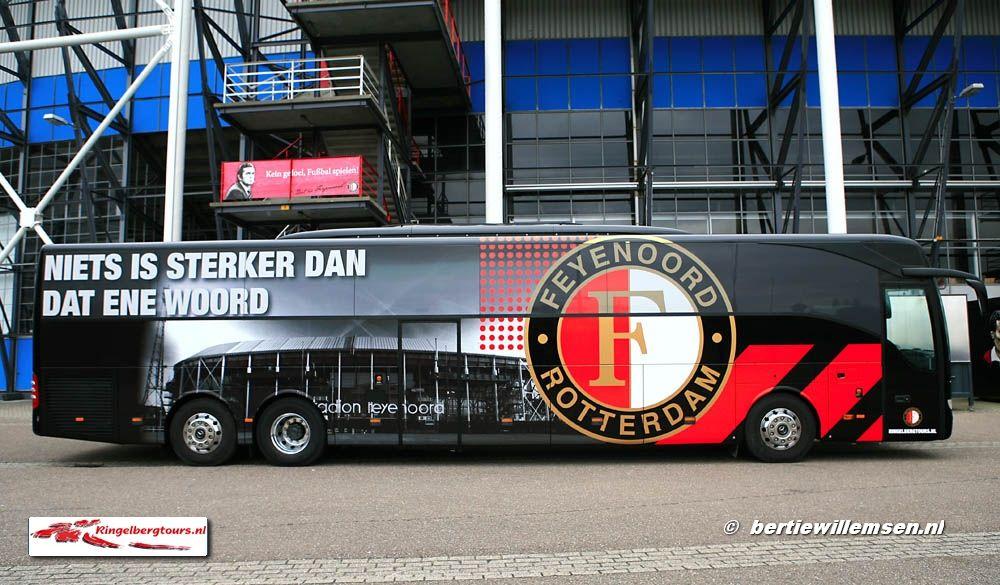 Spelers Bussen Ringelbergtours Fijenoord Mb Tourismo Bertie Willemsen Touringcarfoto S Rotterdam Voetbal Bussen
