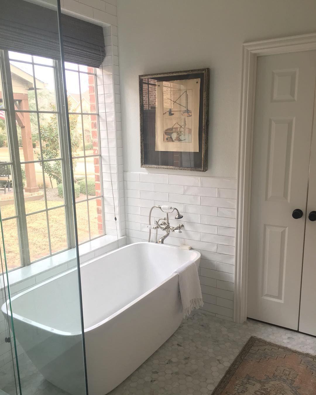 wall mount faucet bathroom