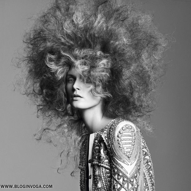 VOGUE PARIS | Editorial Beleza Abril 2012 | Malgosia Bela por Karim Sadli