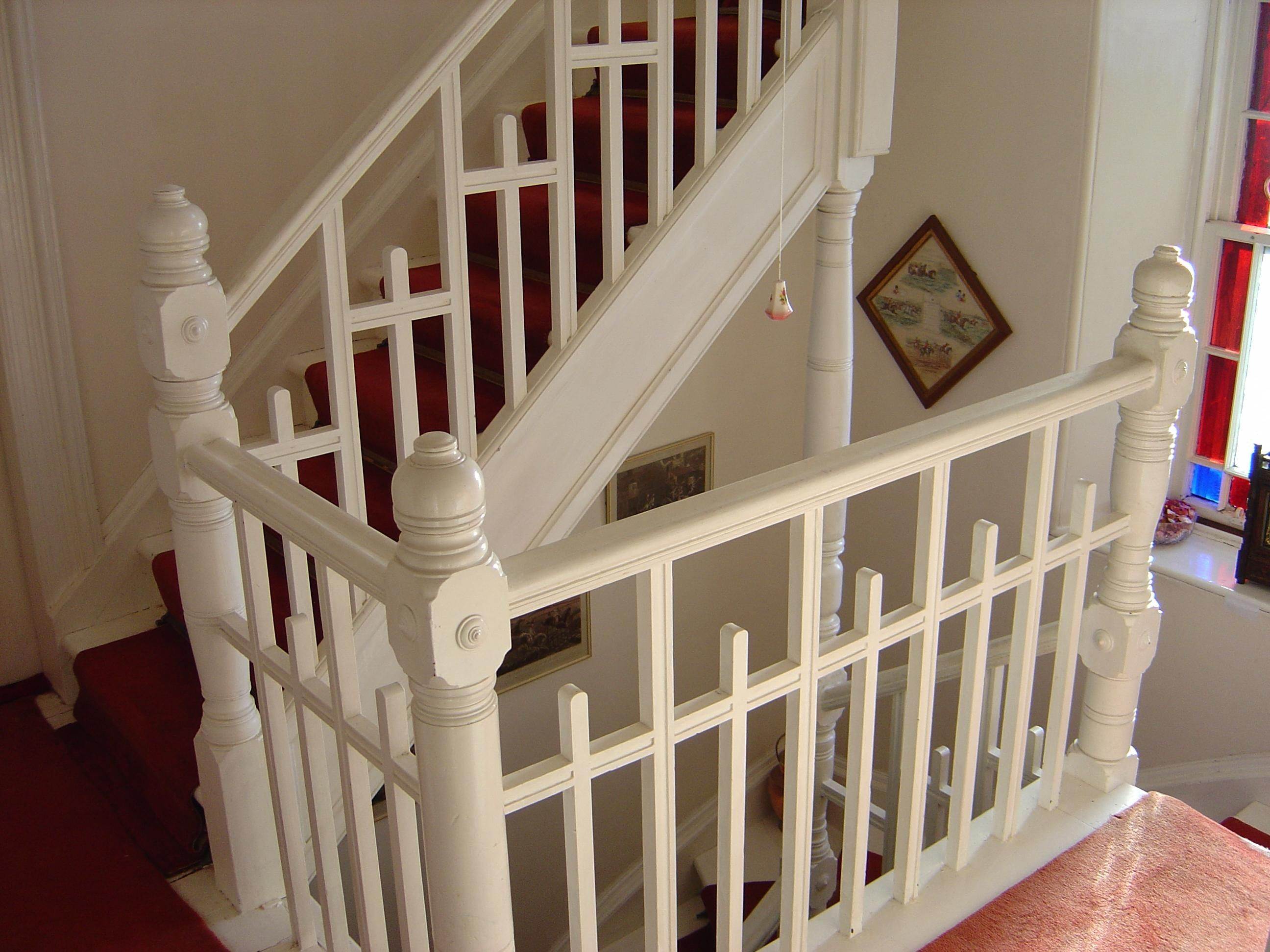 Best Stairs Cute For A Victorian Cottage Staircase Design 400 x 300