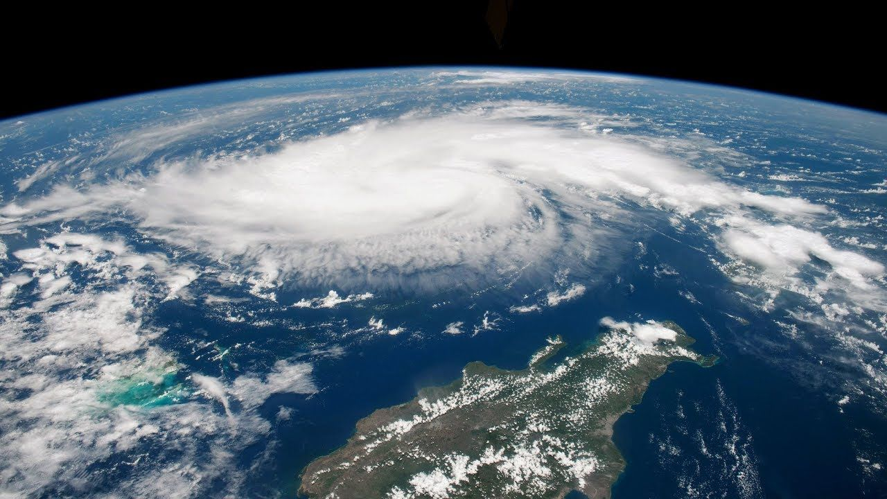 What Caused Hurricane Dorian To Stall Over The Bahamas What Causes Hurricanes Bahamas Indian Harbour Beach