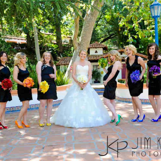 Live The Black Dresses And Bold Colors For Flowers Pumps