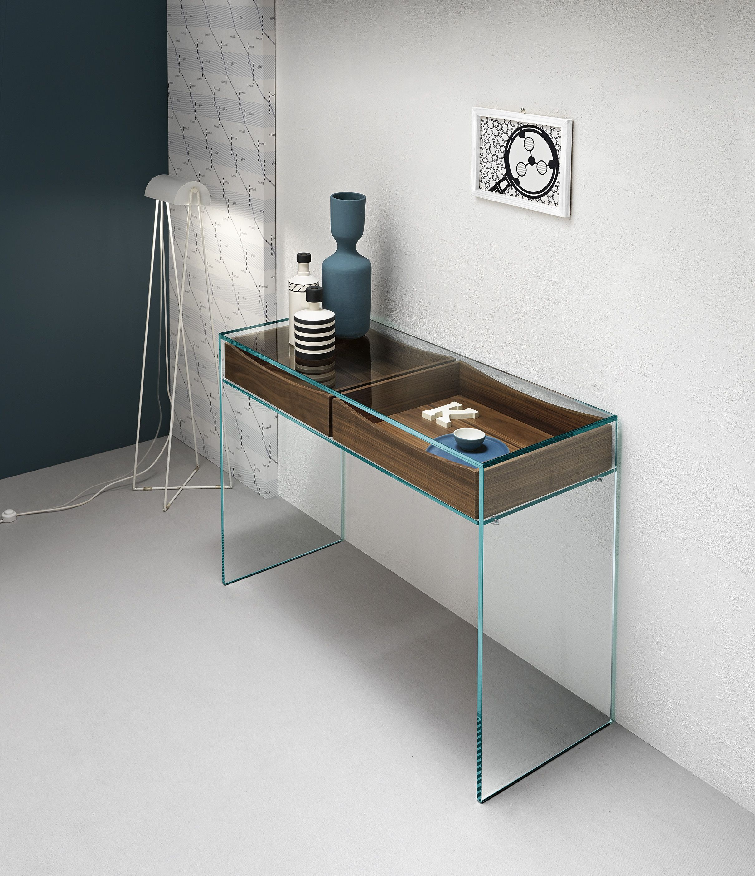 Consolle Vetro Design.Gulliver 2 Glass Consolle Desk With Walnut Drawers