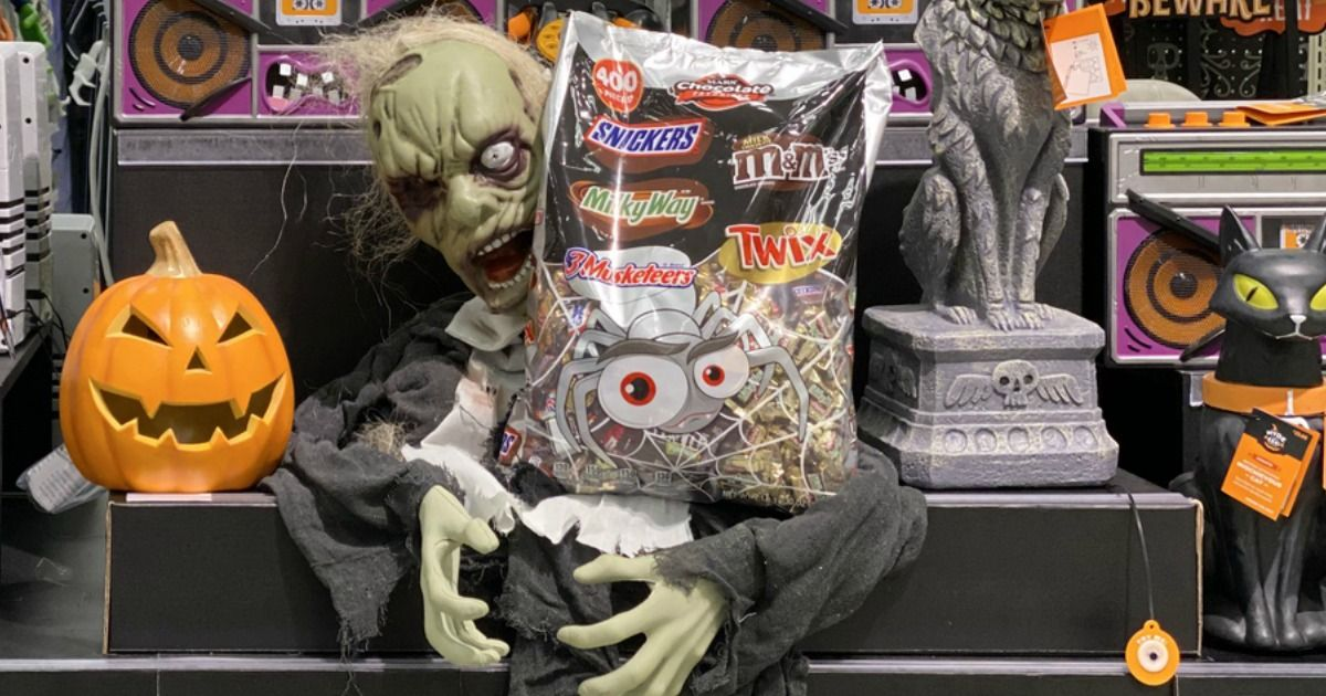 Mars Halloween Candy 400Count Bag Only 15.94 at Target