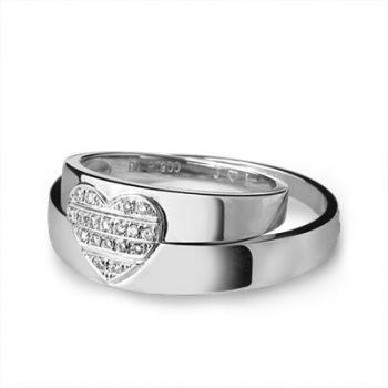 Золотое Обручальное кольцо с бриллиантом (арт. WRA159W), купить в ... b05d639b8c1
