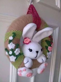 Corona de Pascuas Crochet Conejo
