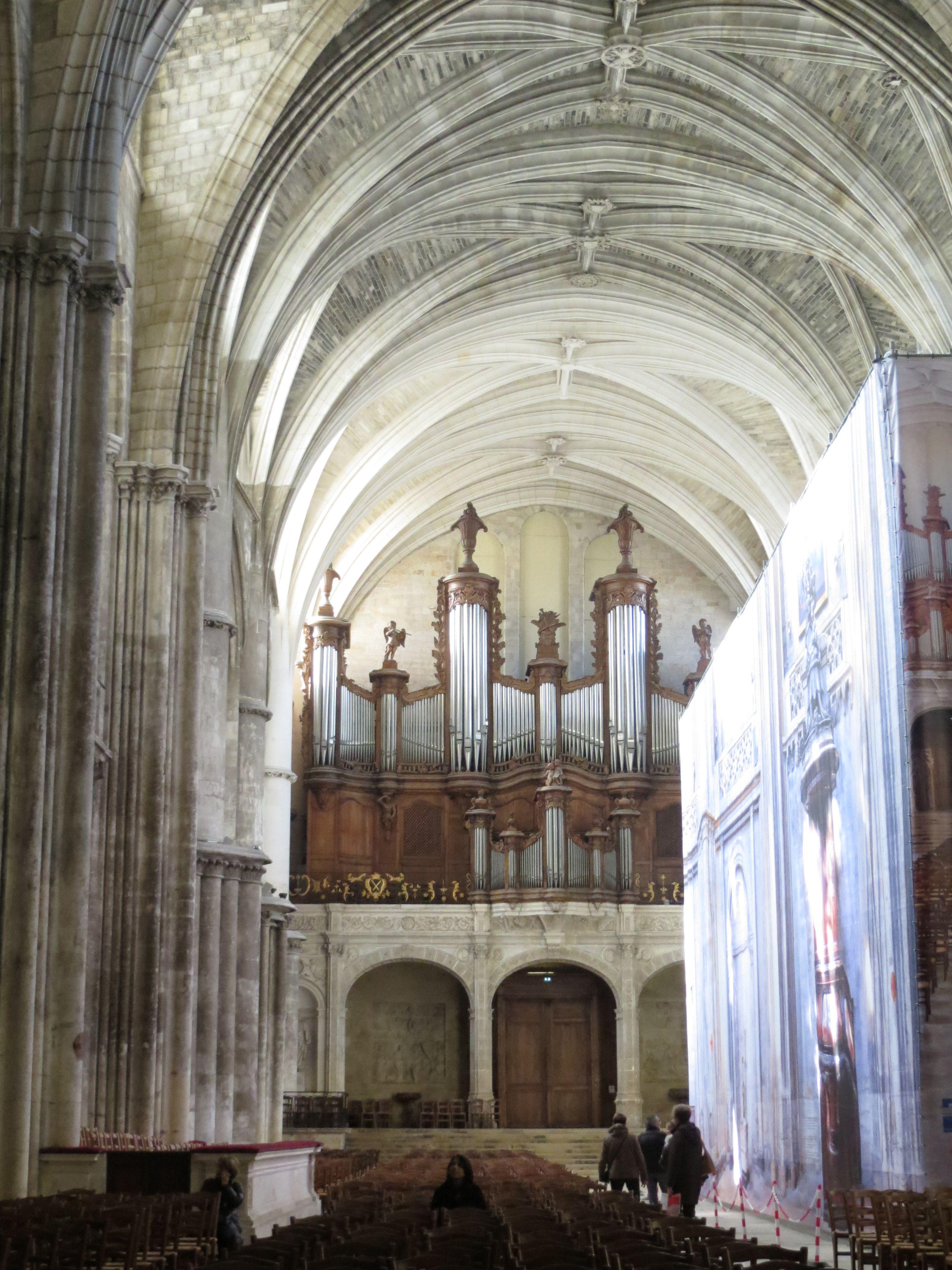 Interior De La Iglesia Cathedral Landmarks Barcelona Cathedral
