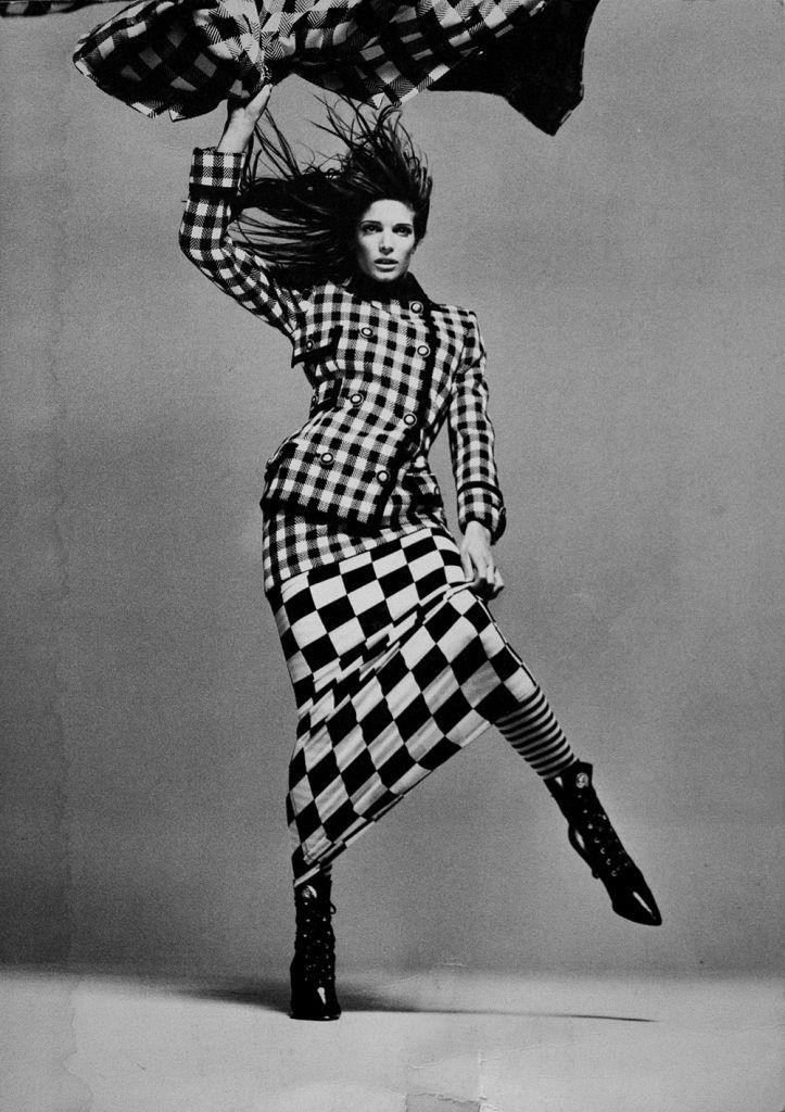 Gianni Versace F/W 199394 Feat. supermodel Stephanie