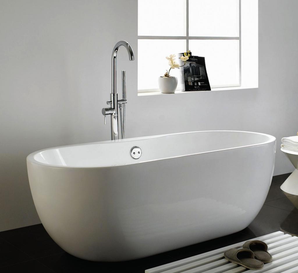Wie Wahlt Man Das Beste Freistehende Bad Fur Ihr Badezimmer Ideen Kleines Schonerwohnen Einrichten Badgestaltung Badezimmer Armaturen Bad Badezimmer Klein