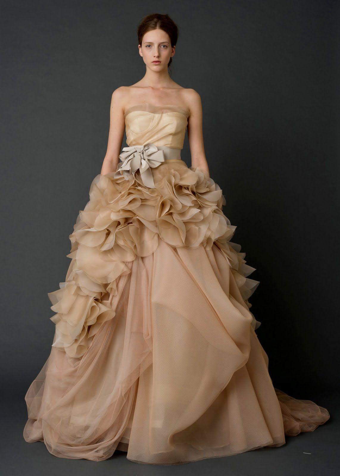 Champagne Vera Wang Wedding Dress Wedding Dresses Vera Wang Designer Wedding Dresses Wedding Dresses