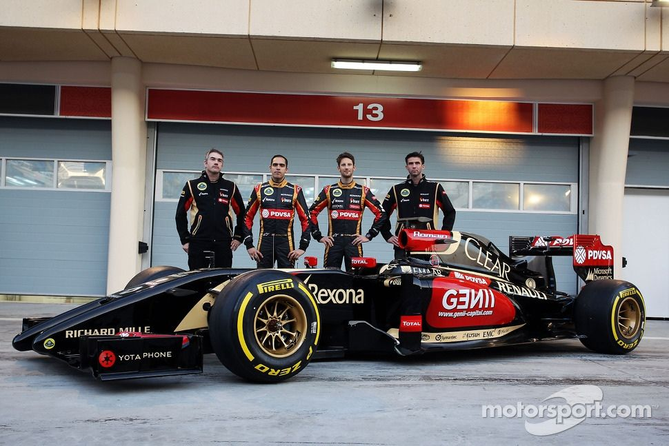 Pastor Maldonado Lotus F1 Team And Team Mate Romain Grosjean Lotus F1 Team As The Lotus F1 E22 Is Officially Unveil Lotus F1 Pastor Maldonado Romain Grosjean