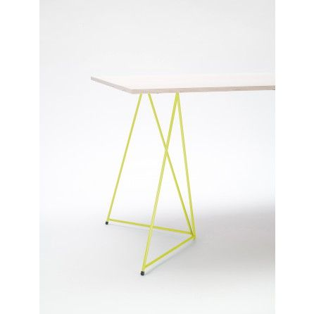 Gelber Tischbock aus Stahl im 2er-Set