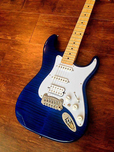 new g l usa legacy hss clear blue premium flame leo fender guitar case gl stratocaster. Black Bedroom Furniture Sets. Home Design Ideas