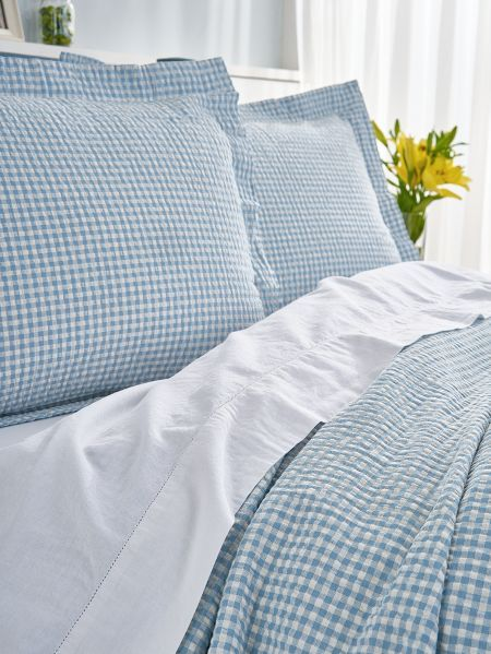 Enjoy The Cool Comfort Of Seersucker Without The Chore Of Ironing Pillow Shams Coverlets Gingham Check