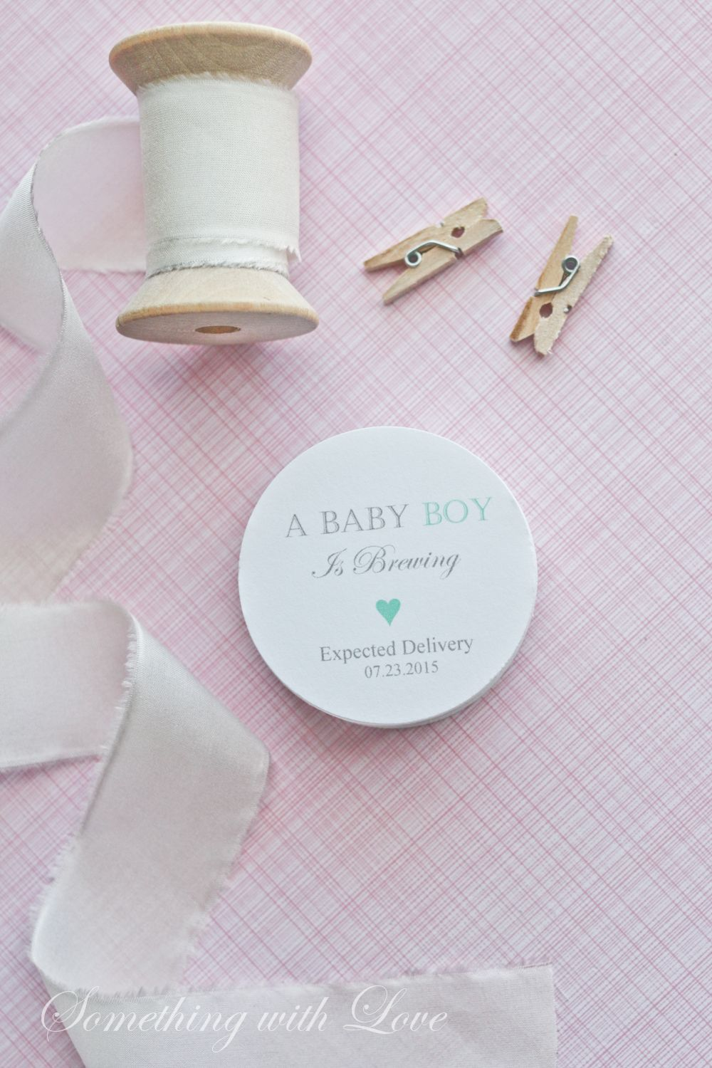 These baby shower favor tags are perfect for coffee or tea favors.  #favortags #babyshower #babyshowerinspiration #mintbabyshower www.somethingwithlove.etsy.com
