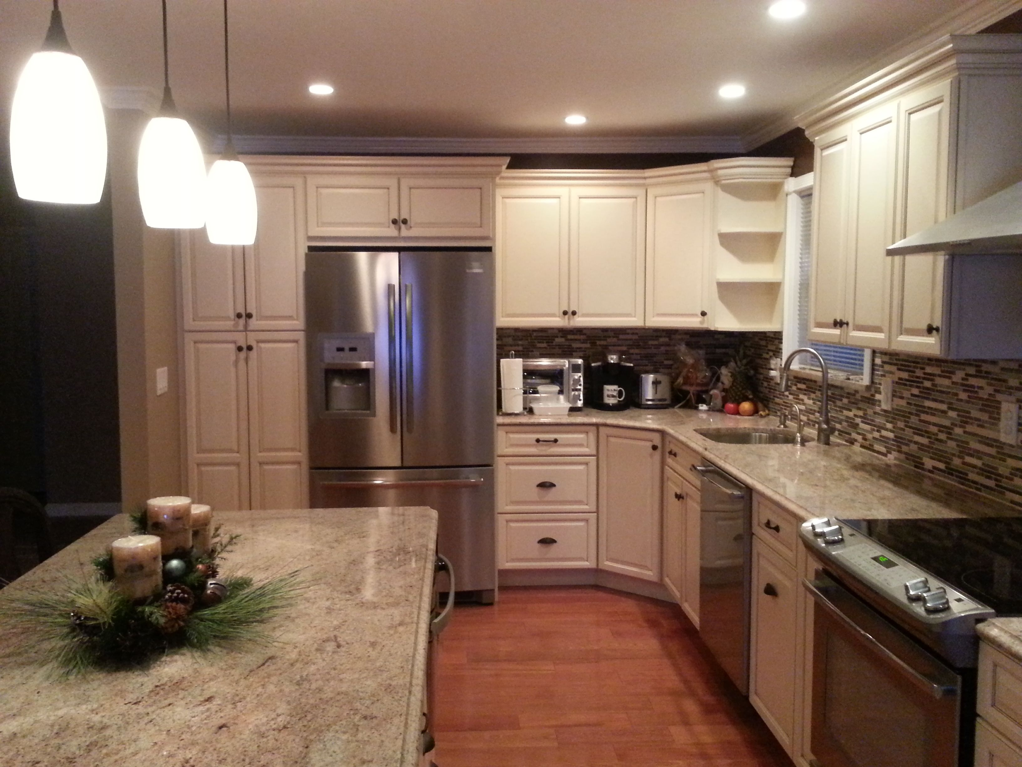 Furniture awesome semi custom kitchen cabinets with l for Semi custom cabinets