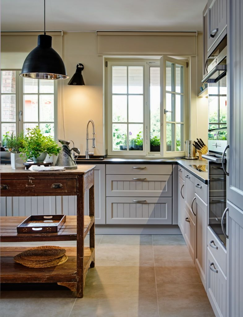 Provence Kitchen with Ebolicht lights. #provence #french #kitchen ...