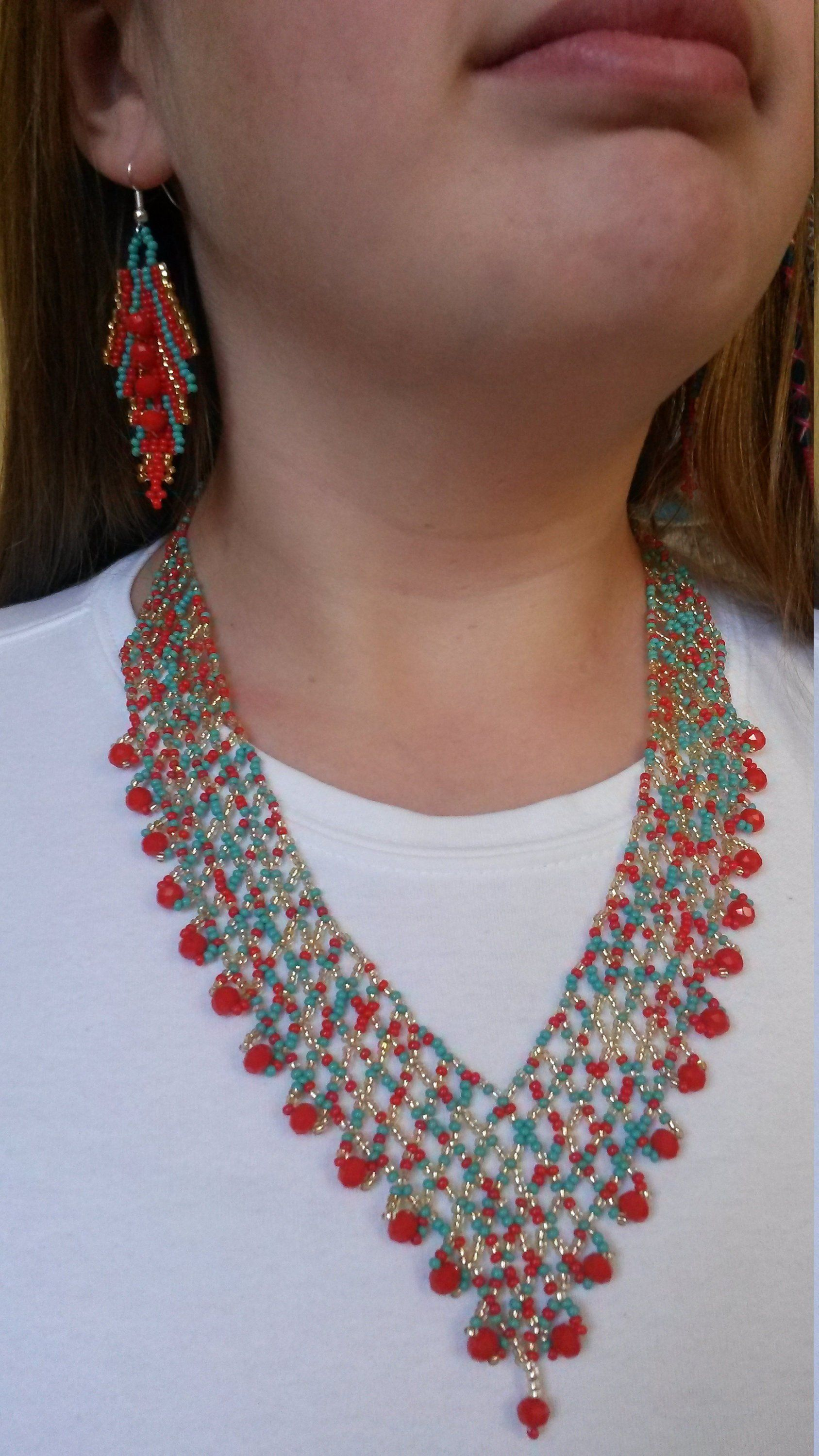 Beautiful Hand Strung Necklace And Earring Set Seed Bead In Red