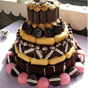 A Unique Wedding Cake Made With Hostess Cupcakes Ding