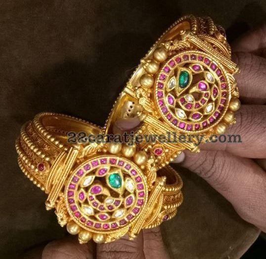 6f1b8a6b66314 Polki and Kundan Broad Bangles   Jewellery I like   Bangles, Jewelry ...