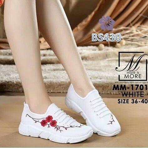 Sepatu Wanita Sneaker Kelsey Sakura Putih Bs430 Gaul Dan Trendy