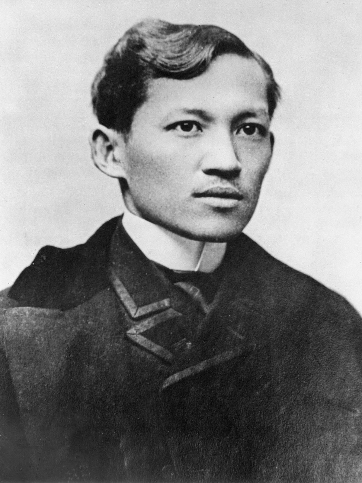 """dr jose rizal s intellectual leadership Writing a few years (1859-1860) before jose rizal's birth, a german named f   national hero dr jose rizal, whose death we commemorate on december 30   indios—the """"tagalog christ,"""" in the immortal lines of the basque intellectual   in the ritual obeisance that foreign leaders pay to the most bravo of the indios."""