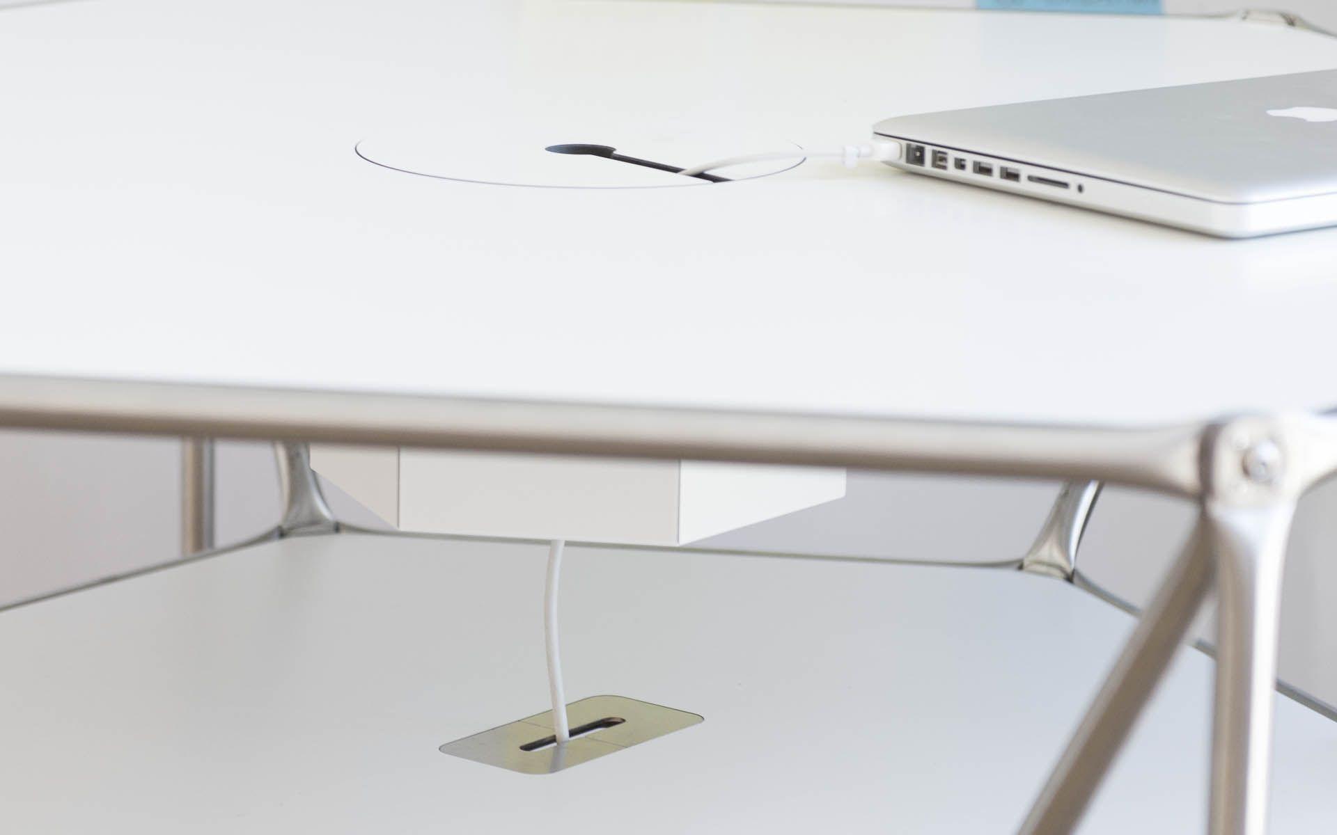 Der mobile flexible tisch table dt line t6 aus der for Design thinking tisch