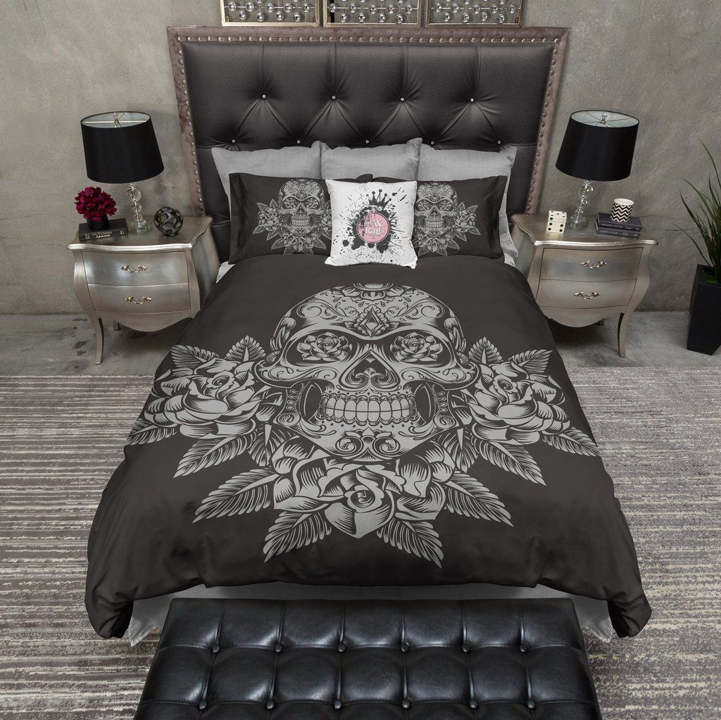 Photo of Grey Skull and Roses on Slate Bedding