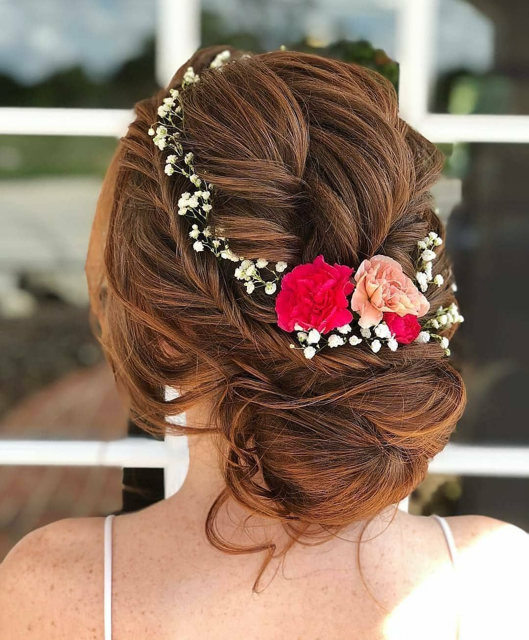 20 Wedding Hairstyles Within Flowers For Bride Ibaz In 2020 Hair Styles Indian Wedding Hairstyles Bridal Hair Inspiration