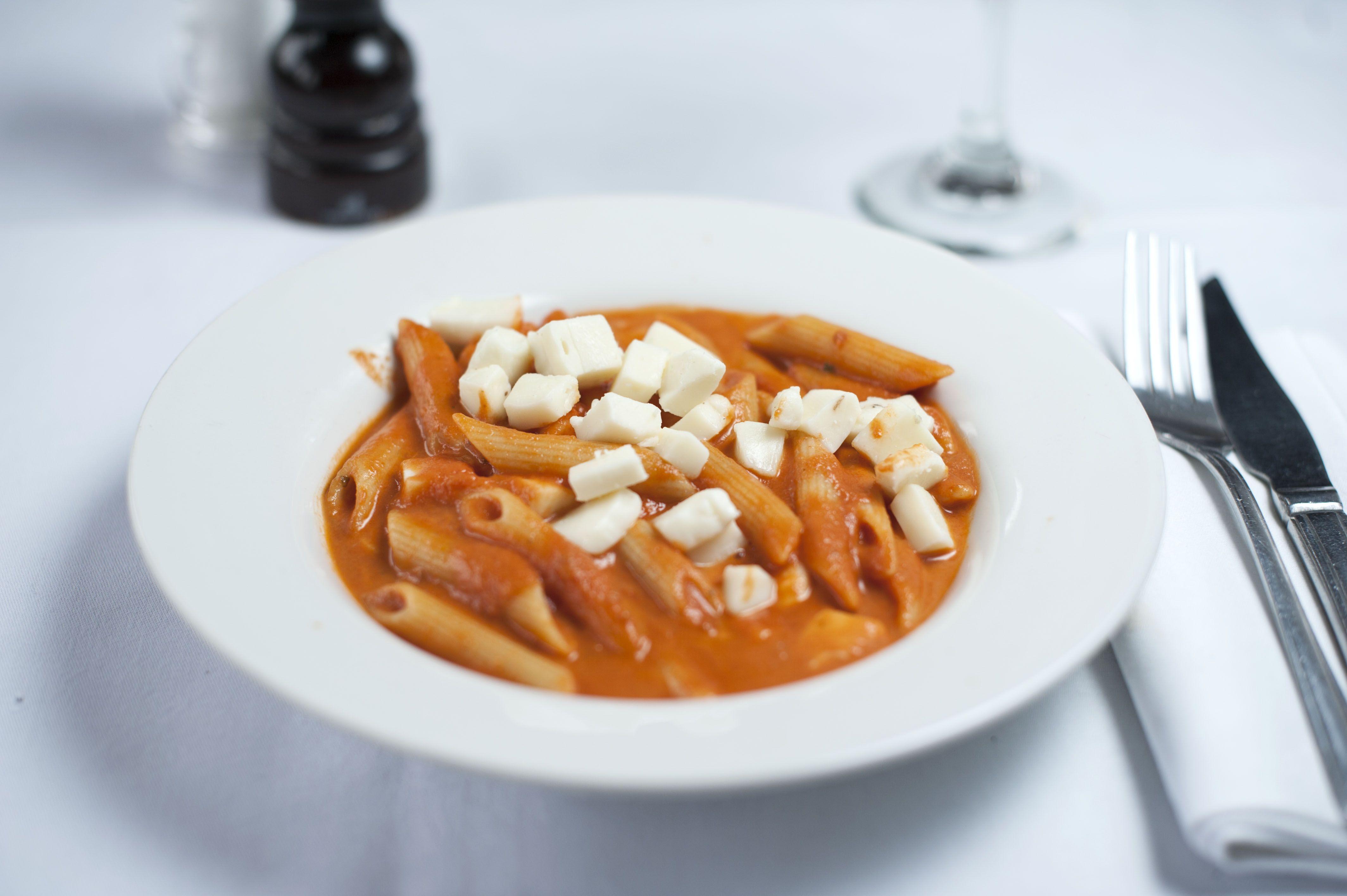 Children's Menu - Pomodoro e mozzarella - Penne