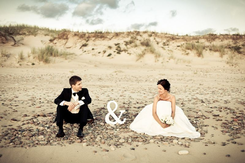 25 Wedding Photo Ideas You Need To Try Discovery Center Blog Wedding Shots Wedding Photos Wedding Pictures