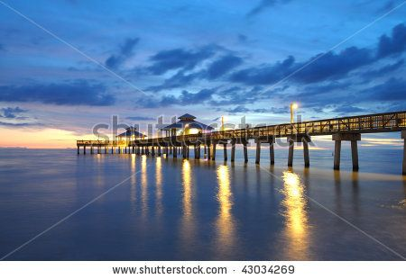 Pier At Sunset In Fort Myers Florida Fort Myers Beach Fort