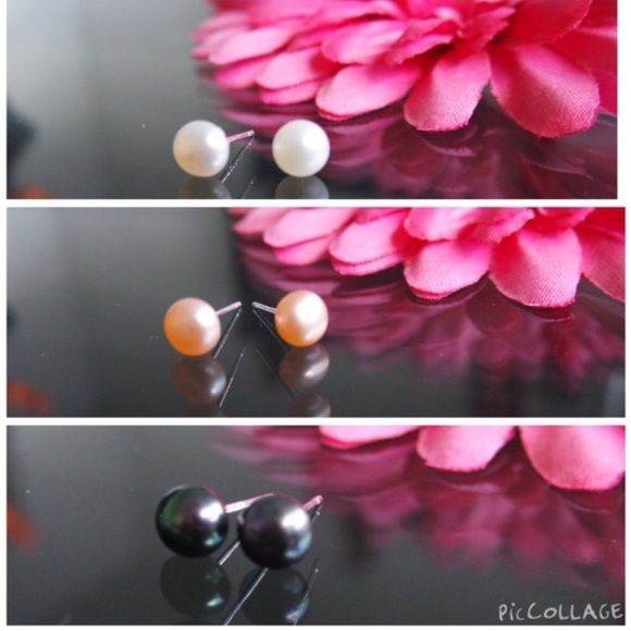 3 for 25$ 925pearl studs 15$ pair or 3for25$ 925pearl studs ; .925 hardware- silicone backs - fresh water pearl ohmgems Jewelry