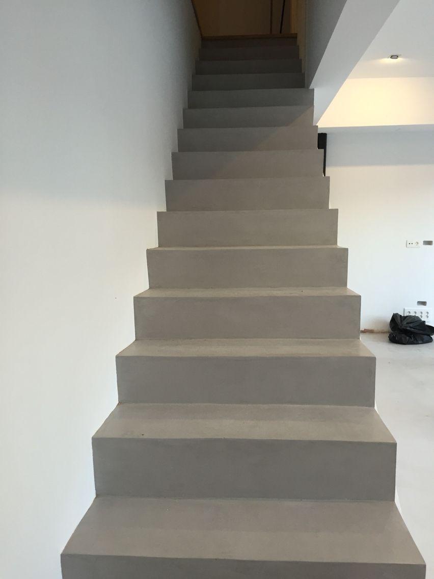 Microcemento escalera hogar pinterest microcemento for Escaleras de cemento para interiores